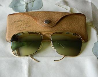 47ca6e8413 True vintage rare Ray Ban B L 1 30-10 go (Gold Overlay) Caravan 58 mm (DGM)  Double Gradient Mirror aviator sunglasses 50 s. Made in USA.