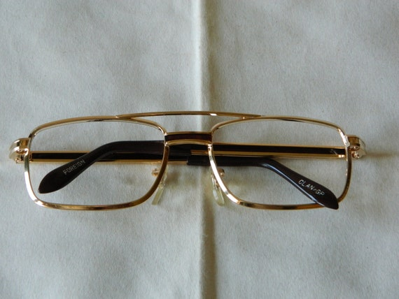 3bcb08106c True Vintage Rare Unisex Gold Plated Metal Framed Eyeglasses.