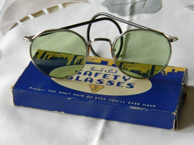 3e2dbe9e48 True Vintage Rare Bausch and Lomb BL1 Green Lenses Ful Vue 23