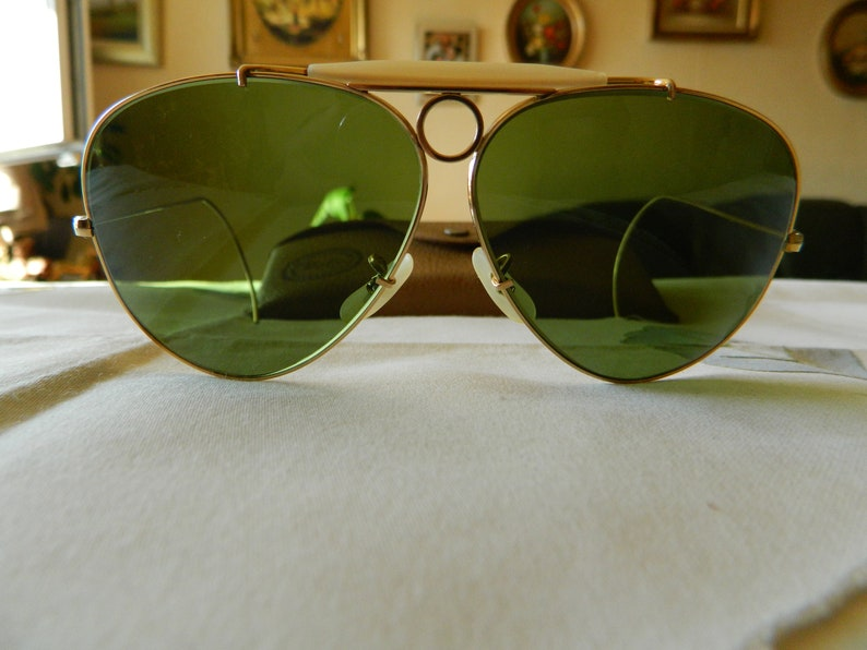 833e2cc84 Verdadero Vintage Rare Ray-Ban Bausch y Lomb disparos gafas en | Etsy