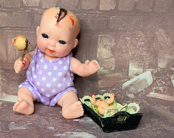 Original Undead Mini Doll Set Butcher Baby With Decapitated Babydoll In Cradle Black Eyed Biohazard Baby