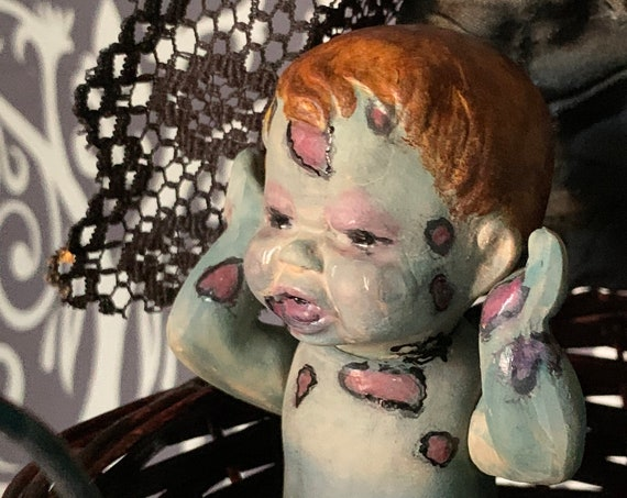Original Undead Plague Baby Crying Tears Rotting Vintage Doll Set Gothic Baby Stroller Zombie Pandemic Biohazard Baby