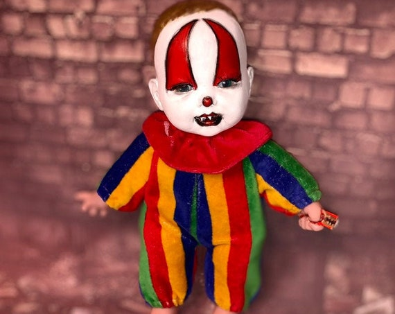 Killer Cannibal Clown Razor Wielding Sharp Teeth Carny Berenguer Serial Culture Undead Biohazard Baby