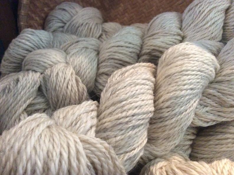 FREE SHIPPING Icelandic lambMerinoSilk 3 ply Worsted yarn 200 ydsskein ivory Reduced price Soft!