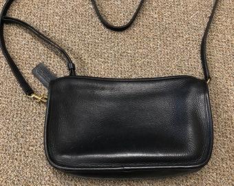 Large black leather COACH Cross Body / basic bag / shoulder bag - Made in United States