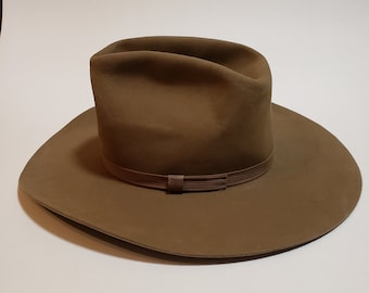 5e038f531fa20 Vintage Cowboy Hat