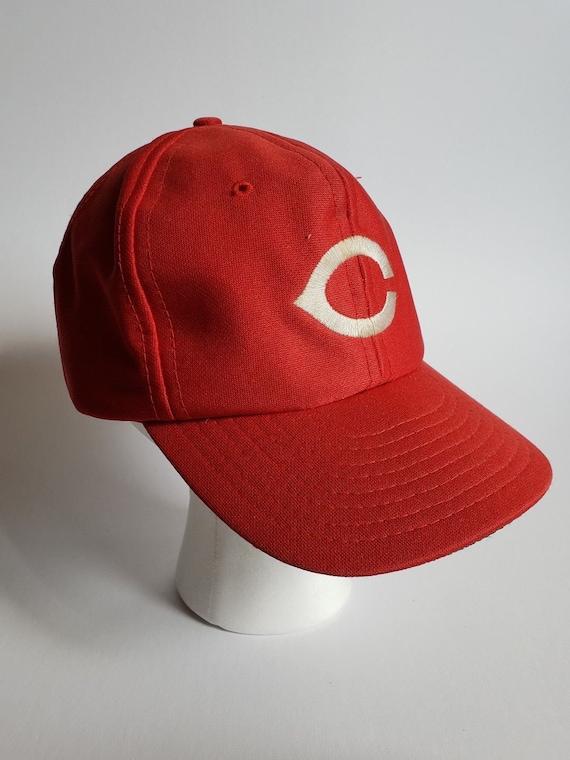 Cincinnati Reds Snapback Hat     Vintage Baseball