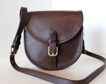 e05a1a5d225c RARE Vintage COACH Burgundy Small Flap Buckle Saddle Shoulder Bag Handbag  NYC
