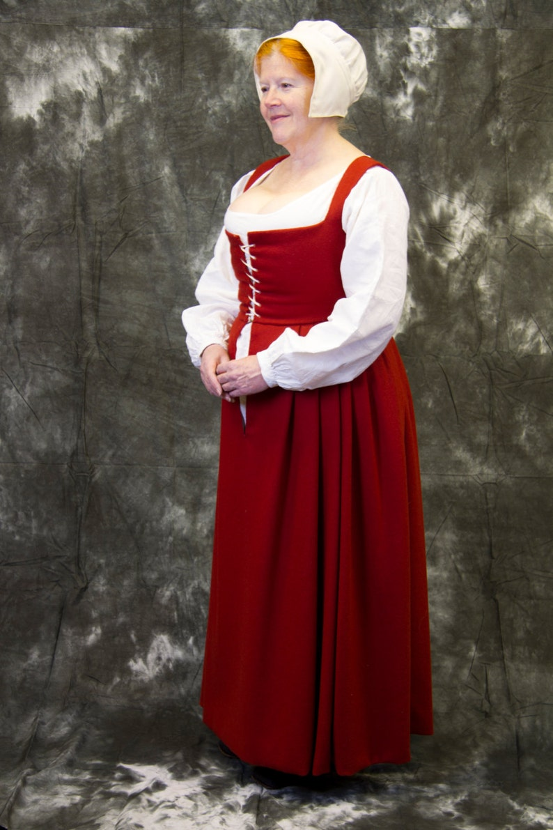 Pattern for Women's Tudor Kirtles and Petticoats image 0