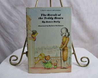 Revolt of the Teddy Bears A May Gray Mystery James Duffy, Random House 1985, Barbara McClintock Illustrated, Children's Book First Edition