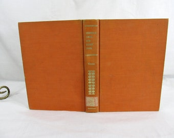 Reinhold craft and hobby book  Voss, GFunther  Reinhold Pub. Corp., New York (1963) Art & Craft Book ex-libres Hardcover Clean Craft Guide