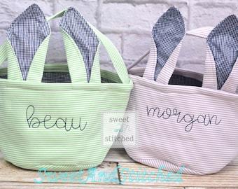 Monogrammed Easter baskets in pink, purple, and blue seersucker, seersucker easter baskets personalized, seersucker tote bags monogrammed