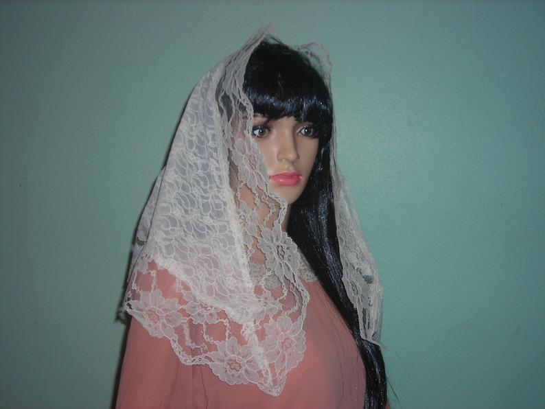 Veil-lacemantilla veil