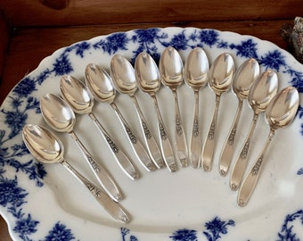Art Deco Silver Soup Spoons, Set of 12 Oval Soup Spoons, Ambassador Silver Plate Vintage Soup Spoons, French Country Cottage Flatware