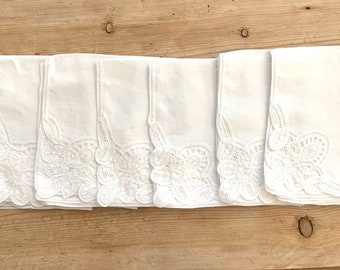 Linen Battenburg Napkins, Set of 7 White Battenburg Napkins, 16 Inch Dinner Napkins, Cottage Farmhouse Table Linens