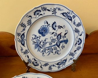 Blue Danube Dinner Plate, Blue White China, Blue White Porcelain Plate Made in Japan, Blue Onion Pattern, 4 Plates Each Sold Separately