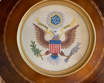 Crewel Patriotic Eagle, Great Seal of United States, Round Framed United States Coat of Arms, E Pluribus Unum Eagle, Patriotic Gift,