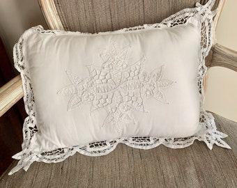 Battenburg Pillow, Rectangle White Battenburg Throw Pillow, Vintage Cotton Battenburg ,  Shabby Cottage Farmhouse Decor