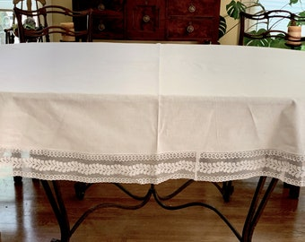 Oval White Tablecloth, Lace Trim Vintage Oval Tablecloth, Cottage Farmhouse Table Linens, 54 x 85 inches