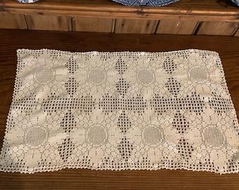 Ivory Crochet Dresser Scarf, Vintage Cotton Crochet Sunflower Pattern Rectangle Doily, Cottage Farmhouse Decor, Craft Sewing Supplies