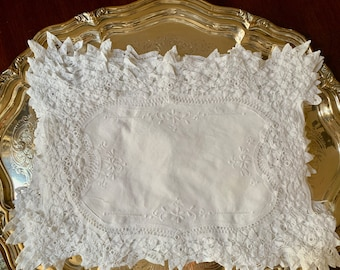 Battenburg Placemats Set of 8, White Battenburg Lace Placemats 16 x 18 Inches, Holiday Linens, French Country Cottage