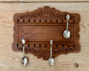 Wooden Spoon Display Rack, Small Vintage Spoon Collection Holder,  Demitasse Souvenir Spoon Rack Holds 22 Spoons, Country Farmhouse Kitchen