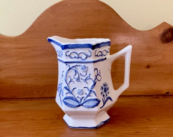 Blue White Creamer, Vintage Pottery Small Blue White Milk Creamer, Blue White Kitchen Decor, Cottage Farmhouse Decor