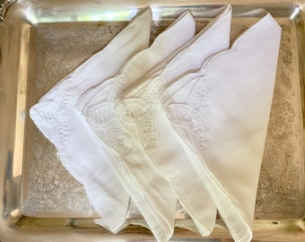 Linen Battenburg Napkins, Set of 4 White Linen Dinner Napkins, French Country Cottage Farmhouse White Table Linens