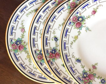 Blue White Bread and Butter Plates Royal Doulton, Set of 4 Dessert Plates Circa 1915, White Garden Party Blue Floral Bouquet Trimmed Plates