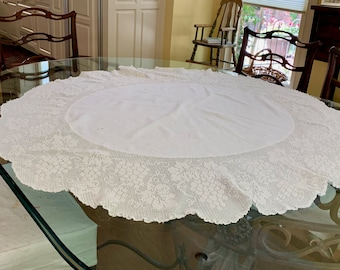 Round White Tablecloth with Crochet Lace Trim, 9 Inch Scalloped Hem, Vintage 42 inch Table Topper, Cottage Farmhouse Decor