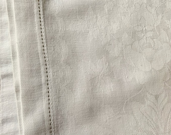 Damask Hemstitch Tablecloth, Vintage Damask Rectangle Tablecloth, 56 x 60 Inches, Casual Cottage Farmhouse Table Linens