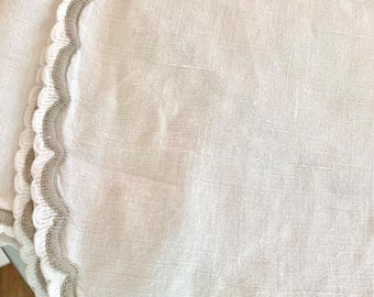 Ivory Linen Tablecloth, Vintage Cream Linen Tablecloth 70 x 100 Inches, Linen Bed Cover, Casual Cottage Farmhouse Interior Decor