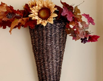 Wicker Door Flower Pocket, Dark Stained Wicker Wall Pocket, Door Flower Vase, Door Decorated Flower Container, Cottage Farmhouse Door Decor