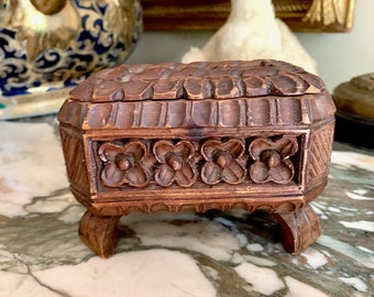 Small Teak Casket Box, Hand Carved Wooden Box, Footed Teak Trinket Box, Bohemian Eclectic Decor, Box Collector Gift