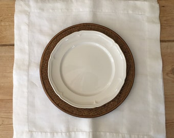 Linen Placemats Set of 4, Hemstitched White Placemats, Modern Rustic, Cottage Farmhouse Table Linens, Gift Idea, 19.5 Inch