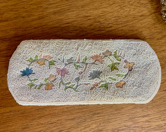 Beaded Eyeglass Case,  White Beaded Eye Case with Floral Embroidered Design, Eyeglass Pouch, Gift for Her, Mother's Day Gift