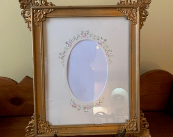 Antique Photo Frame, Hand Painted Oval Mat, Victorian Decorative Picture Frame, Decorative Corners,