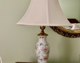 Pink White Porcelain Lamp, Floral Pink Asian Table Lamp, Wooden Base, Pink White Decor, Bedroom Lamp, Living Room Lamp,