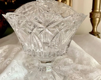 Footed Crystal Compote Bowl with Lid, Scalloped Rim, Fan Shape Design, Heavy Lead Crystal, Footed Candy Dish, Wedding Bridal, Holiday Dining