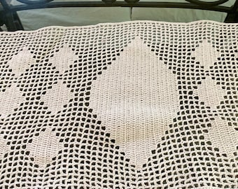 Crochet Table Runner, Vintage Handmade Cotton Crochet Long Table Runner or Table Scarf, 14 x 48 Inches, Cottage Farmhouse Decor
