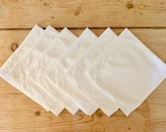 Battenburg Trim Napkins, Set of 6 Cotton 14.5 Inch Napkins, Vintage Cottage Farmhouse Napkins Table Linens