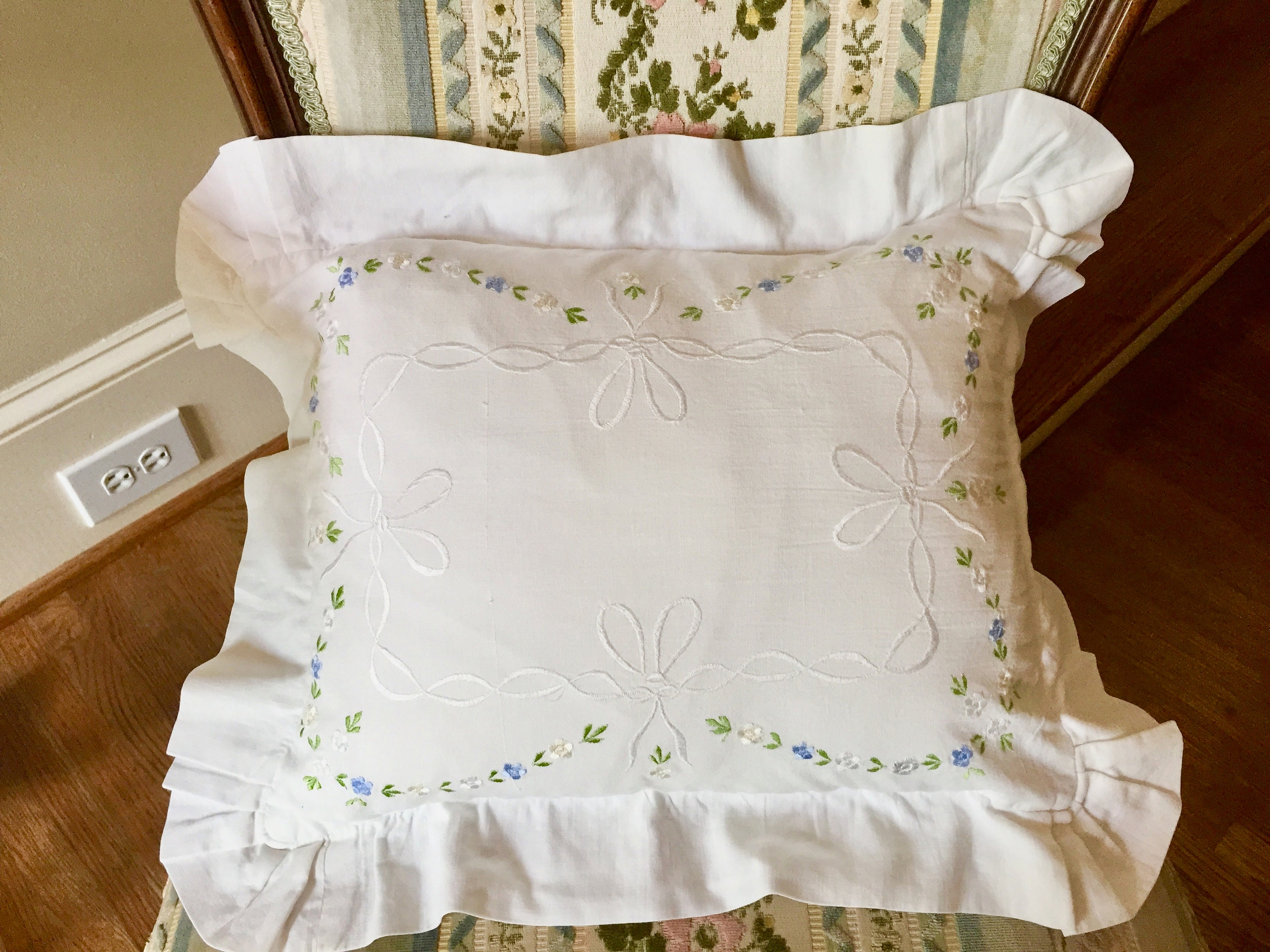 White Embroidered Pillow With Pillow Form Vintage Cottage Chic Farmhouse Decorative Pillow Blue Green Floral Embroidery French Cottage