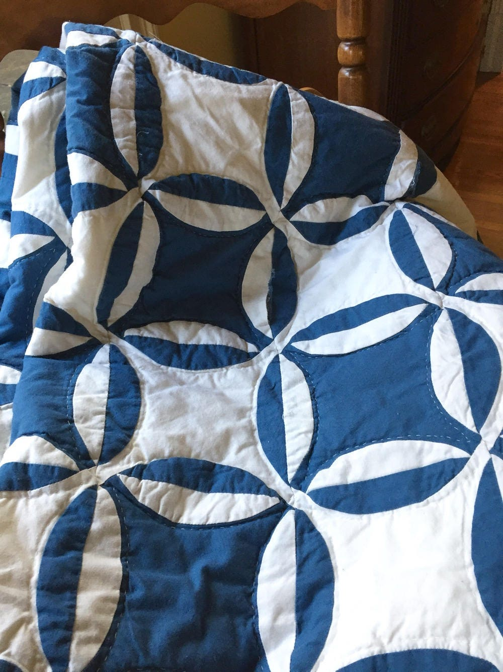 Vintage blue and white quilt coverlet blue white bedding light weight 83 x 94 inches wall decor farmhouse country decor