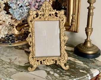 Art Nouveau Photo Frame, Antique Decorative Metal Frame with Cherub Designs, 4 x 6 Image, French Country, Frame Lover Gift