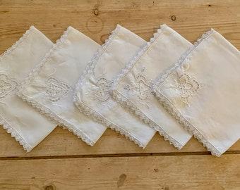 Linen Napkins Openwork Lace Trim, Cutwork Design Embroidery, White Linen Dinner Napkins Set of 5, 16 Inch Dinner Napkins, Holiday Dining