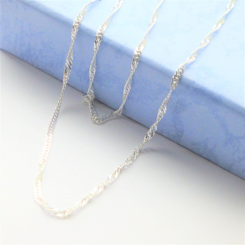 silver swirls sparkle water wave chain choice of lengths sort /& long necklace womens mens girls boys in gift pouch