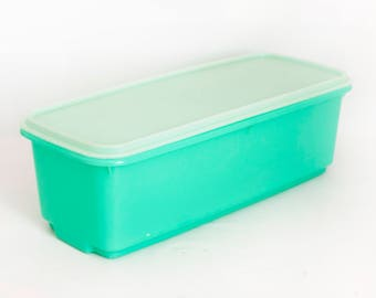 Vintage Jade Green Tupperware Crisper Celery Keeper, Jadite Color Fruit And  Vegetable Or Bread Storage Box With Rack