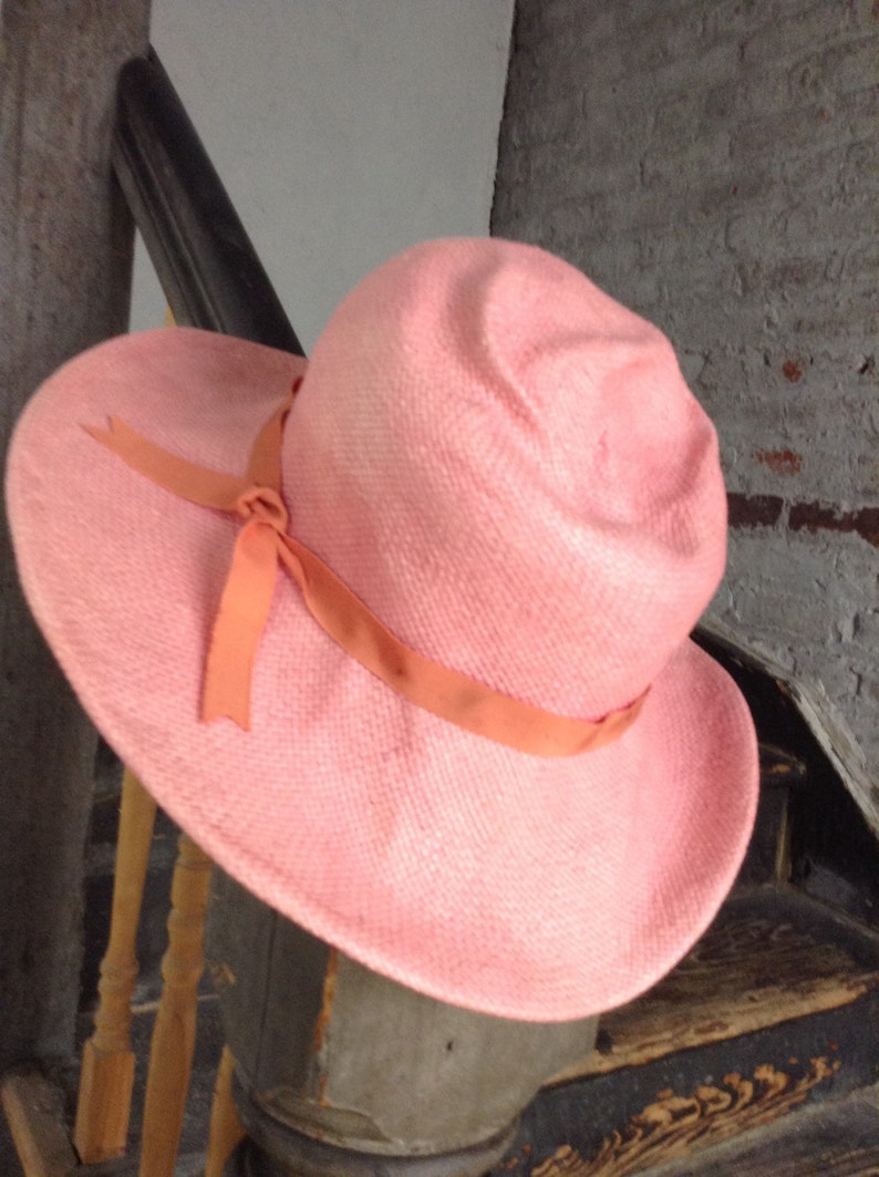 Pink squashable sunhat