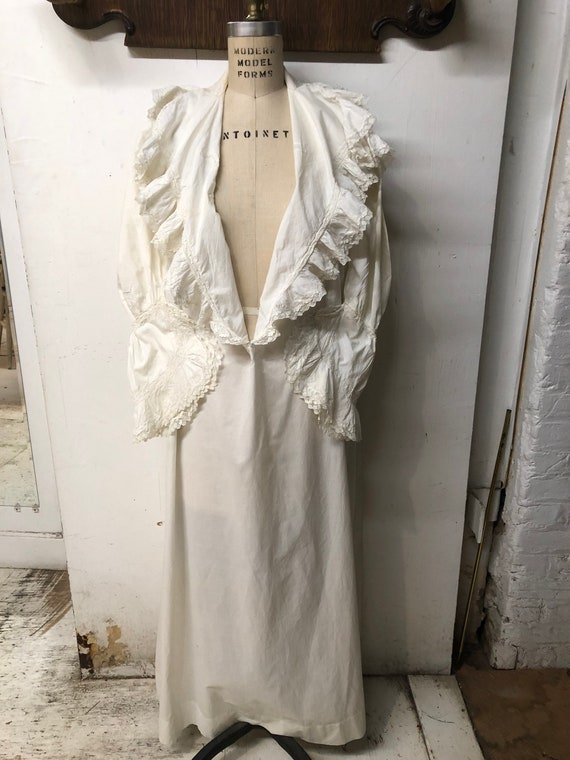 Victorian Nightgown cosplay collector