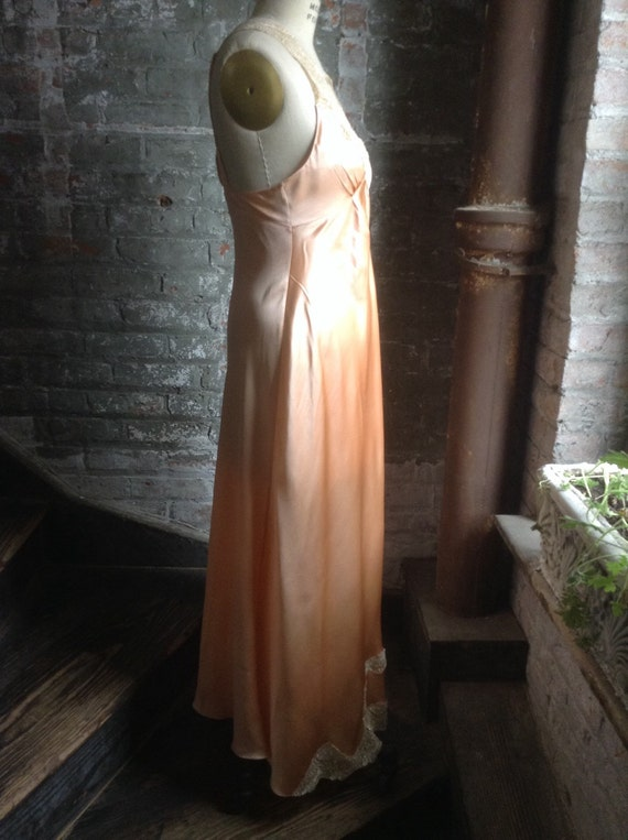 Silk charmeuse peaches and cream vintage nightgown - image 4